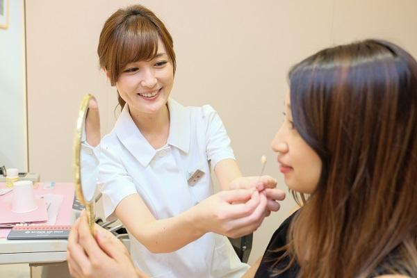 歯の白さを選べるセラミック矯正