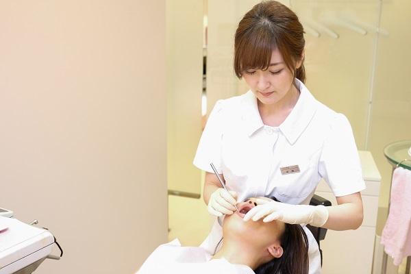 テトラサイクリン歯治療の相談風景
