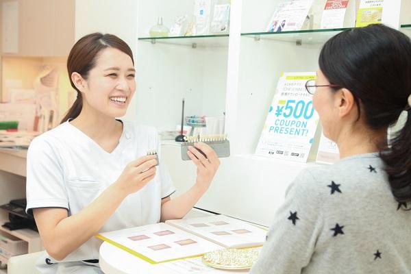 銀歯のセラミック治療について