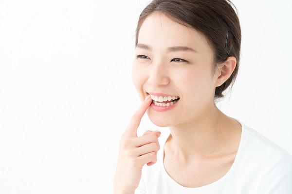 矮小歯のセラミック治療